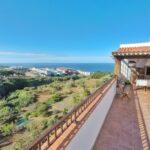 Terraza Hostel Tenerife buenísimo bonito y barato Tenerife, espectaculares vistas del mar y montaña